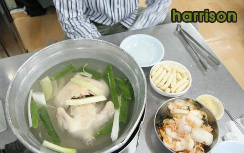 맛집소개-국물맛 작살! 종로 닭한마리 칼국수